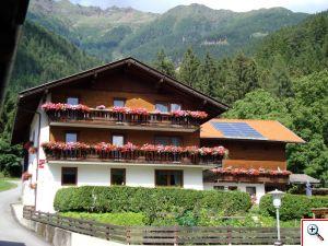 Haus Burgi Eder in Nikolsdorf in Osttirol